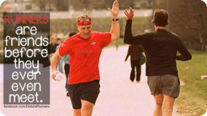 HIGH-FIVE-RUNNING_2922